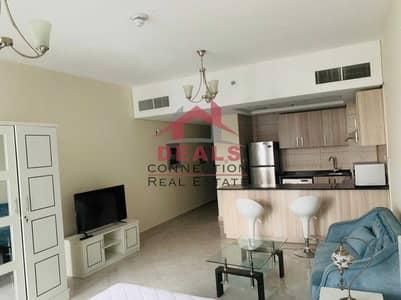 استوديو  للايجار في قرية جميرا الدائرية، دبي - Pool View & Road View | Fully-furnished Studio Available for Rent w/ Spacious Balcony  in Chimaa Premier