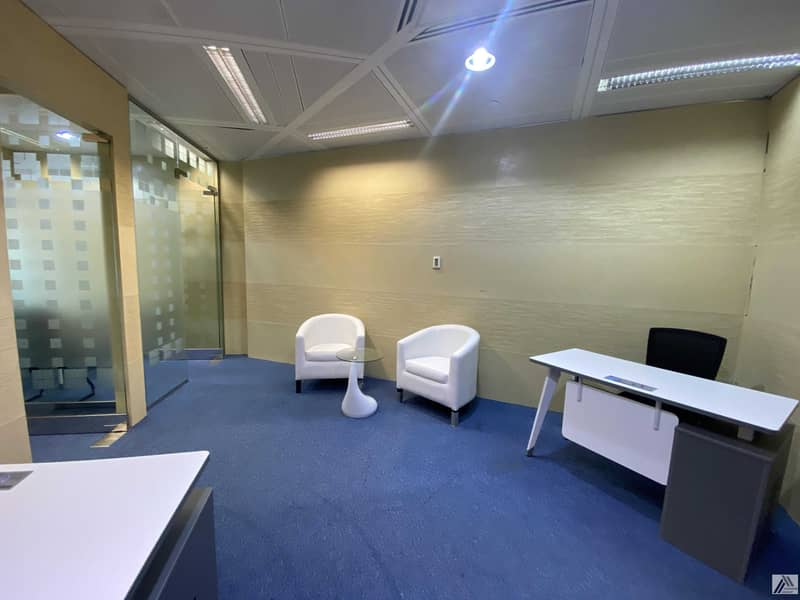 2 Remarkable Location  Fully Fitted Independent Office for  8persons  Linked with Metro and Mall