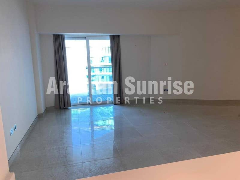 2 VACANT Next Month Apt with Full Sea View