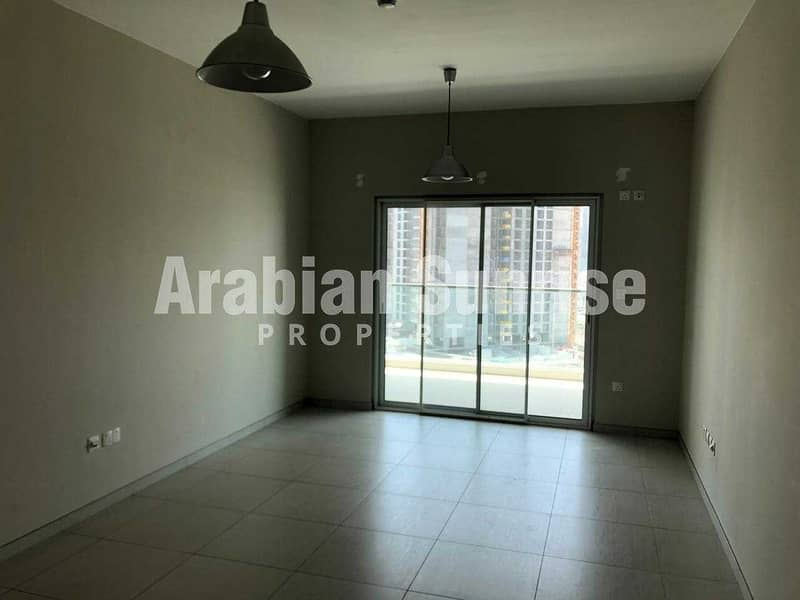 2 VACANT! High Floor 2+M BR Apt with Sea View