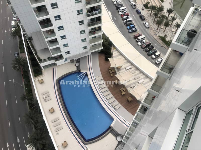 9 VACANT! High Floor 2+M BR Apt with Sea View