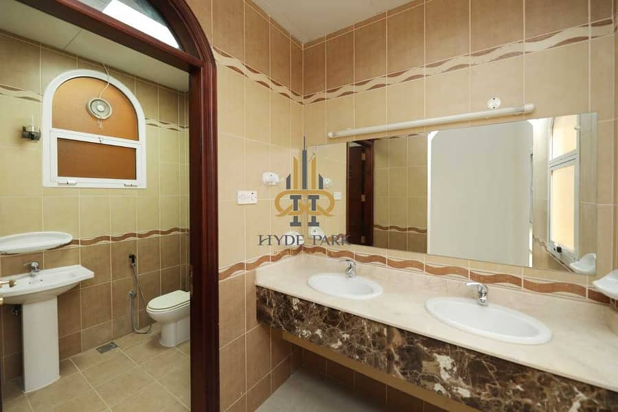 16 Luxurious Three Bedroom / Privat Entrance/ Peaceful Family Apartment