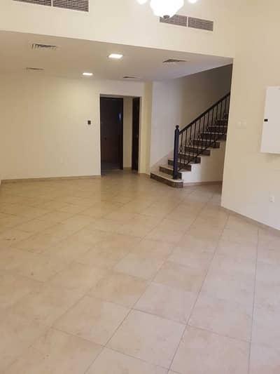 فیلا 3 غرف نوم للبيع في ديرة، دبي - فیلا في شارع الحمرية الوحيدة ديرة 3 غرف 2500000 درهم - 5216718
