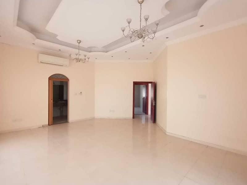Wonderful presented  5 master bedroom + maids room good quality  Independent villa