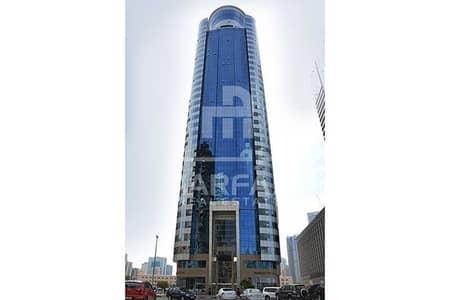 مکتب  للايجار في القصباء، الشارقة - مکتب في برج روبوت بارك القصباء 75000 درهم - 4493443