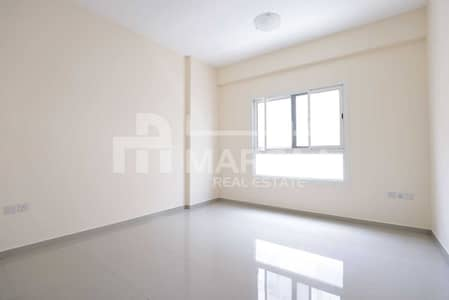 1 Bedroom Apartment for Rent in Al Nasserya, Sharjah - 1BHK Apartment - No Commission -Master bed - Parking - Maintenance free