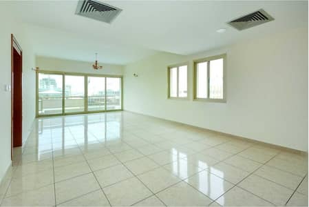 3 Bedroom Apartment for Rent in Sheikh Zayed Road, Dubai - Amazing three bedrooms| direct from landlord| chiller free