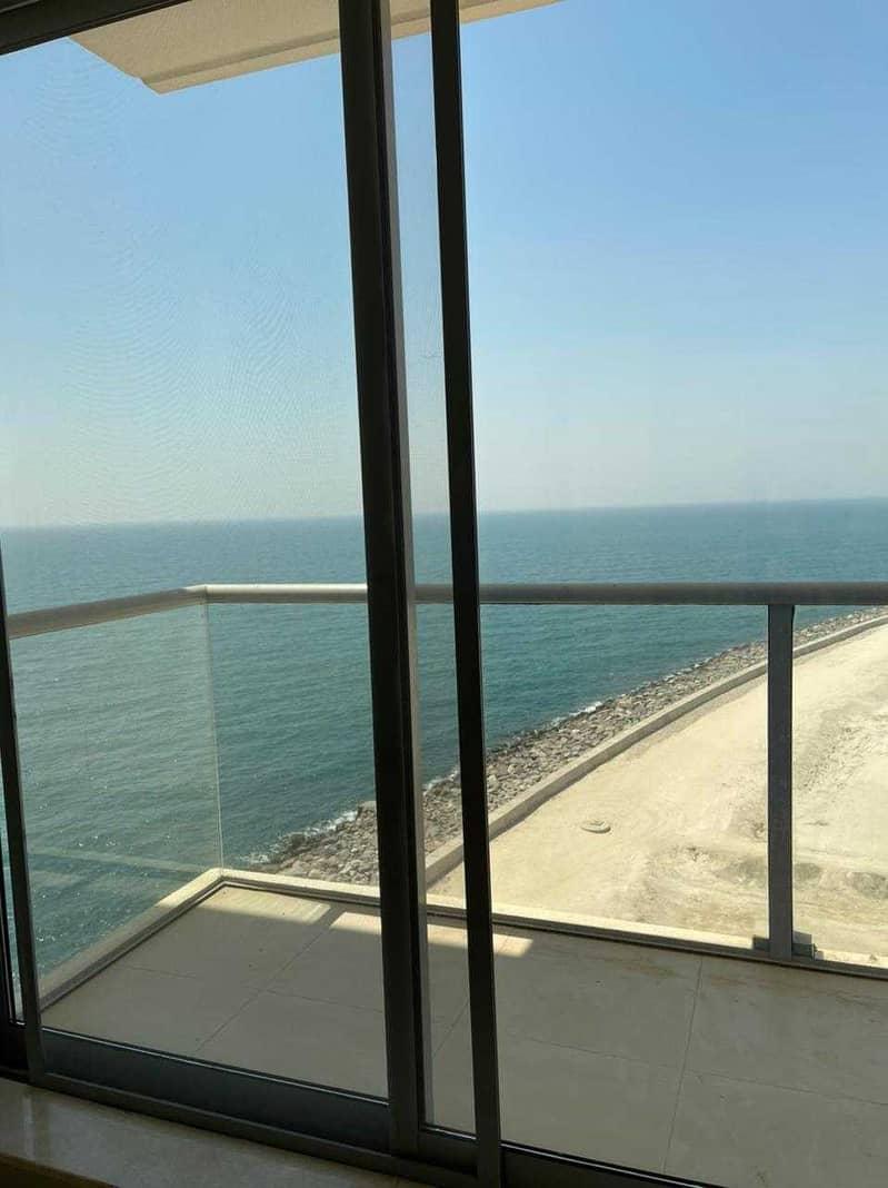 غرفة وصالة واجه بحرية بداخل جزيرة المرجان فقط 30 الف درهم
