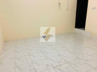 استوديو  للايجار في الوحدة، أبوظبي - Renovated Studio On Airport Road Near Wahda Mall 24k Yearly & 2200 Monthly