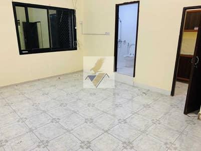 استوديو  للايجار في الكرامة، أبوظبي - Affordable Studio In Karama Near Wahda Mall 25k Yearly & 2200 Monthly