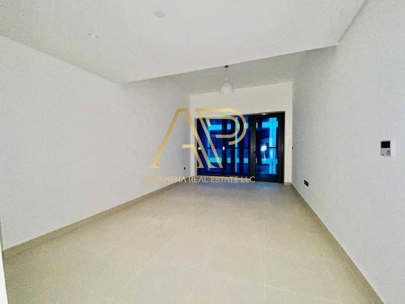 2 BRAND NEW CONTEMPORARY 1BHK  WITH STUNNING LAYOUT