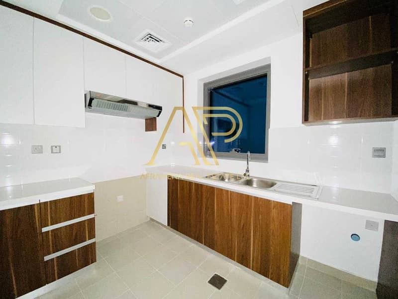 10 BRAND NEW CONTEMPORARY 1BHK  WITH STUNNING LAYOUT
