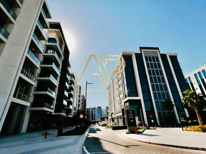 10 BRAND NEW CONTEMPORARY 2BHK WITH STUNNING LAYOUT
