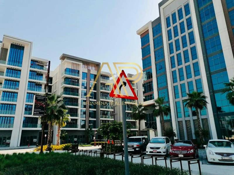 19 BRAND NEW CONTEMPORARY 3BHK + MAIDS WITH STUNNING LAYOUT