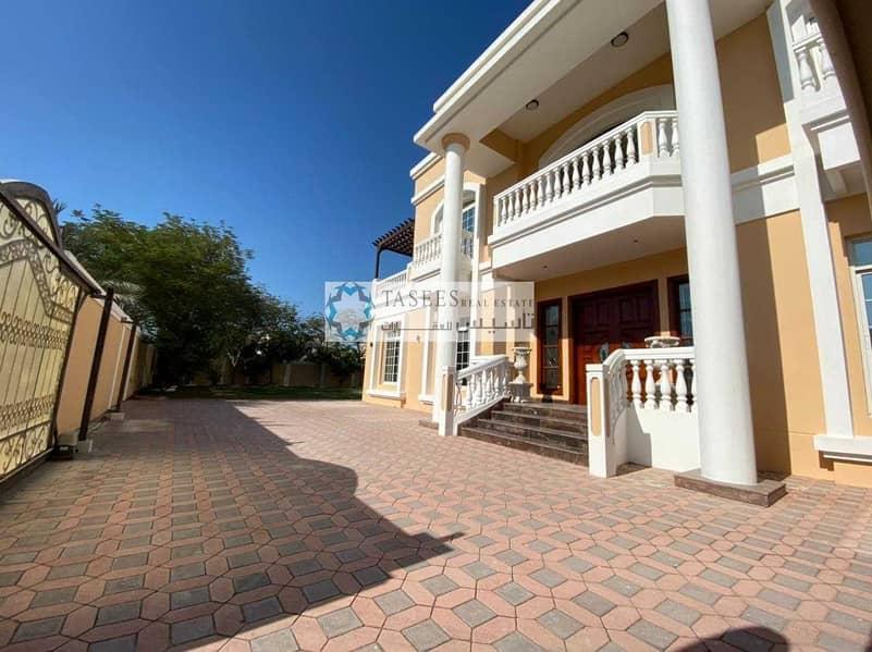 20 Spacious villa for  GCC Family only   Corner Villa