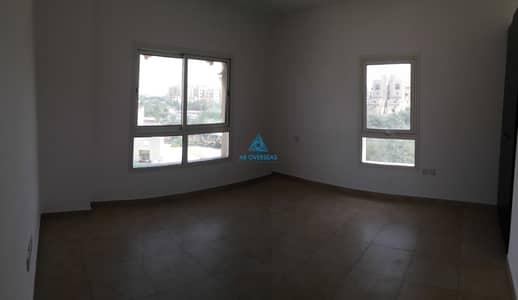 شقة 1 غرفة نوم للايجار في رمرام، دبي - (Close to the community center) Remraam - Al thamam 1 Br Closed Kitchen available for Rent