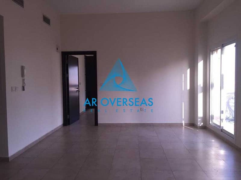 Remraam -AL Ramth Closed Kitchen Vacant apartment for Sale