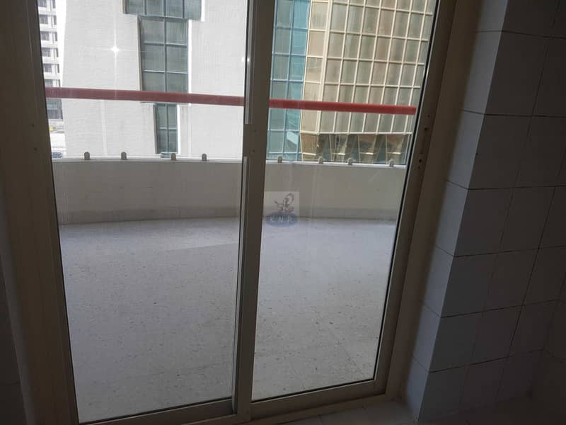 7 Spacious 3 bed room  flat wit huge balcony and sea view in new building in end of Hamdan st