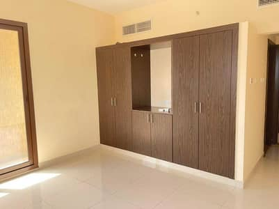 2 Bedroom Apartment for Rent in Al Nuaimiya, Ajman - Two rooms and a hall, a family building with surveillance cameras. Payment facilities: 4-6 cheques. Near To El Hekma Private School. Excellent wall cabinets and space.