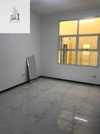 فیلا 4 غرف نوم للايجار في الشامخة، أبوظبي - Private villa for rent  close to Exit tawtheq available