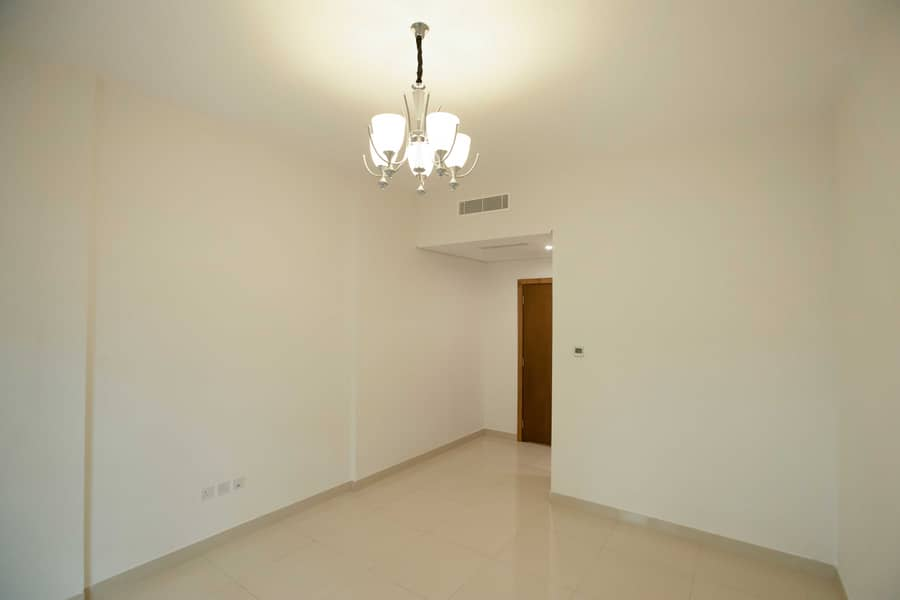 Luxury 2 Bedroom Flats with (Swimming Pool & Gym Included )