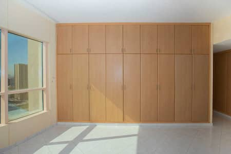 شقة 4 غرف نوم للايجار في المجاز، الشارقة - شقة في المجاز 3 المجاز 4 غرف 90000 درهم - 4302106