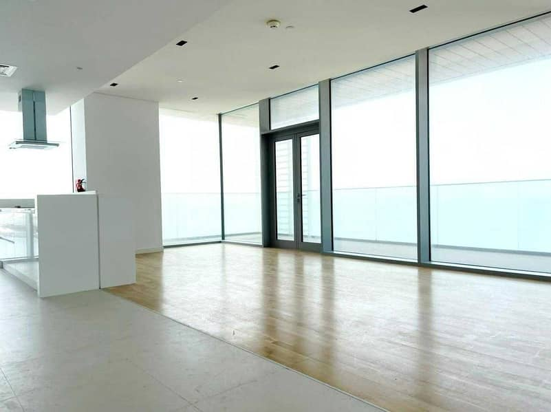 2 Luxury Living / 4 Br+Maids / Full Sea View