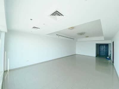 3 Bedroom Flat for Rent in Dubai Marina, Dubai - Amazing sea View / Large Layout / 3 Bhk + Maid's room in Emirates Crown!!!