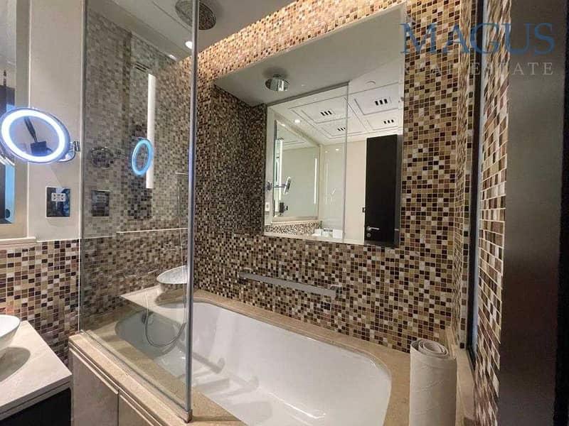 9 stunning Full BK & Fountain View in Lake Hotel
