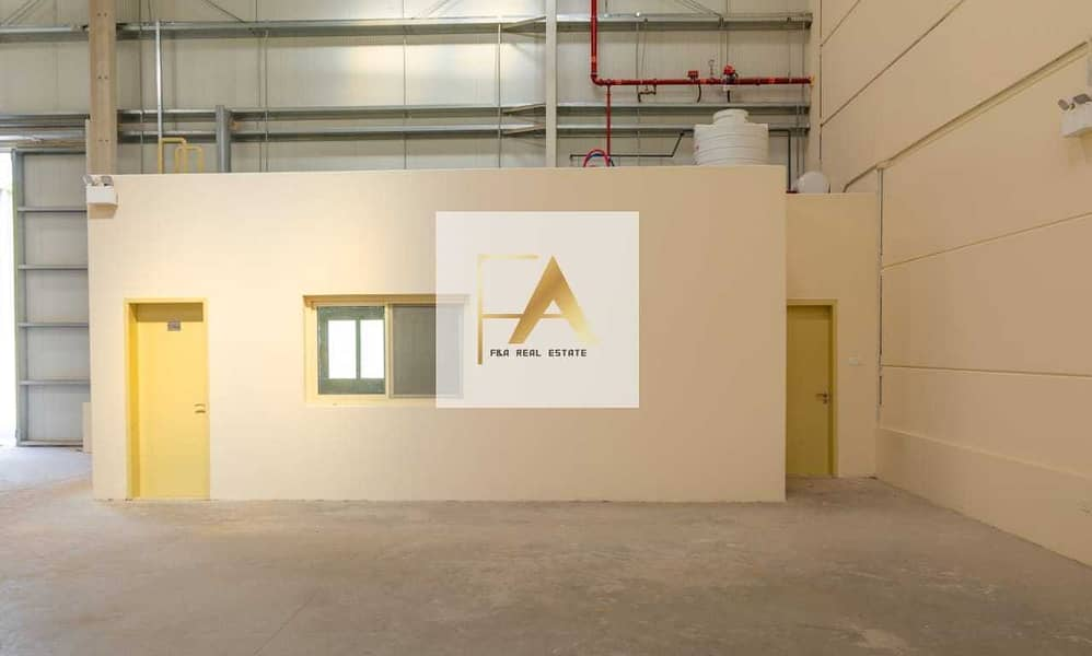 Insulated Warehouse for factory in Umm Al Quwain