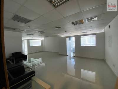 مکتب  للبيع في أبراج بحيرات الجميرا، دبي - Vacant fitted office available for sale in JBC1