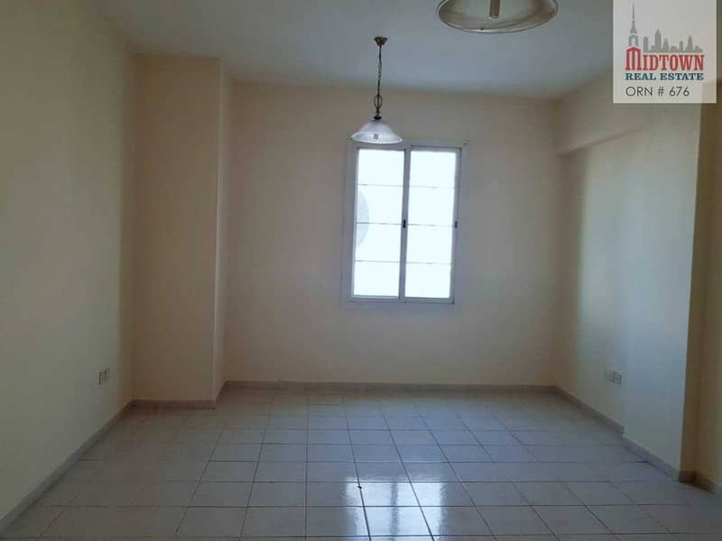 2 INVESTOR DEAL   LARGE 1 BEDROOM FOR SALE   VACANT