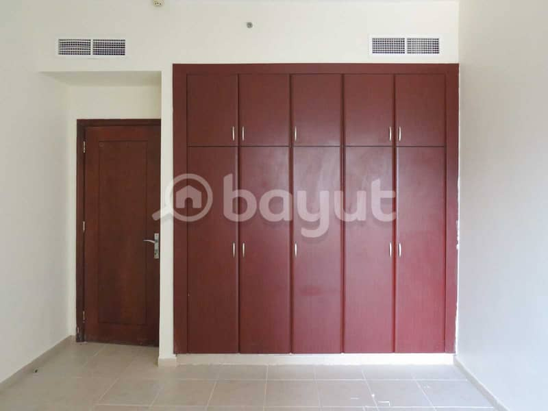 SPACIOUS AND BRIGHT 1 BHK + STUDY/46
