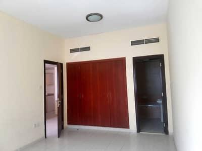 شقة 1 غرفة نوم للبيع في المدينة العالمية، دبي - One Bedroom 290000 For Sale Vacant Apartment