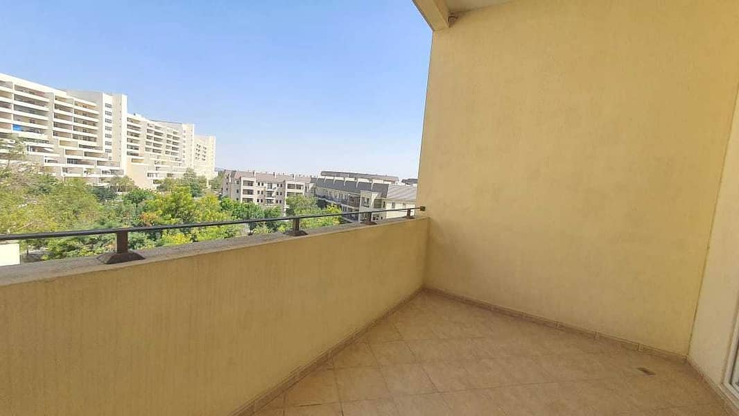 2 Garden View - 2 Bed Room - Close to Main Entrance