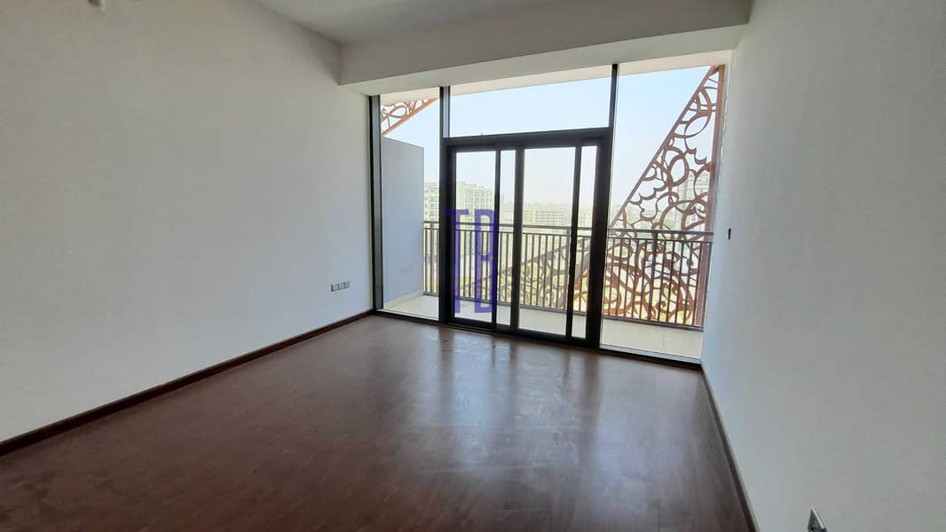 2 2 Months Free | Brand New | Huge Balcony