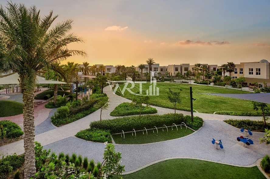 10 Wonderfull large residential plot in the perfect location
