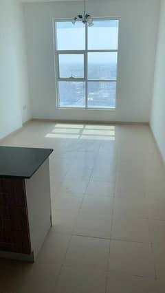 شقة في شارع الشيخ خليفة بن زايد 1 غرف 18000 درهم - 5050639