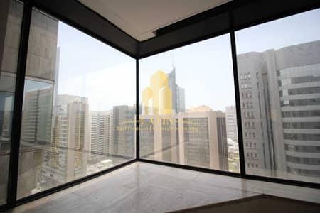 شقة 3 غرف نوم للايجار في شارع حمدان، أبوظبي - 3BED DUPLEX BEST OFFER! 1MONTH FREE! NO COMMESSION ! with Maid room