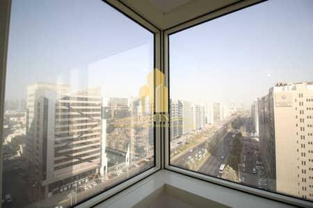 شقة 3 غرف نوم للايجار في شارع الفلاح، أبوظبي - NO COMMISSION!  1MONTH FREE !Three Bedroom Apartment with Maids room & Balcony in Al Falah Street for 65K ONLY!