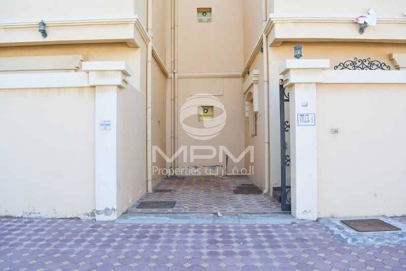 2 Spacious Villa | Balcony | Maid's Room | 6 Chq