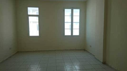 فلیٹ 1 غرفة نوم للبيع في المدينة العالمية، دبي - شقة في الحي الفرنسي المدينة العالمية 1 غرف 305000 درهم - 5208733