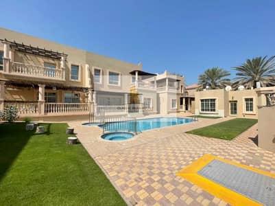 فيلا مجمع سكني 5 غرف نوم للايجار في جميرا، دبي - Immaculate Condition | Prime Location | 5 Bed Villa