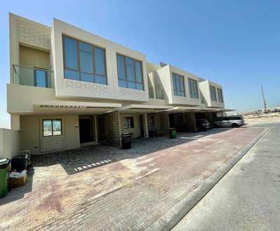 4 Bedroom Townhouse for Sale in Al Furjan, Dubai - HOT DEAL- NO COMMISSION -  4 B/R Townhouses .
