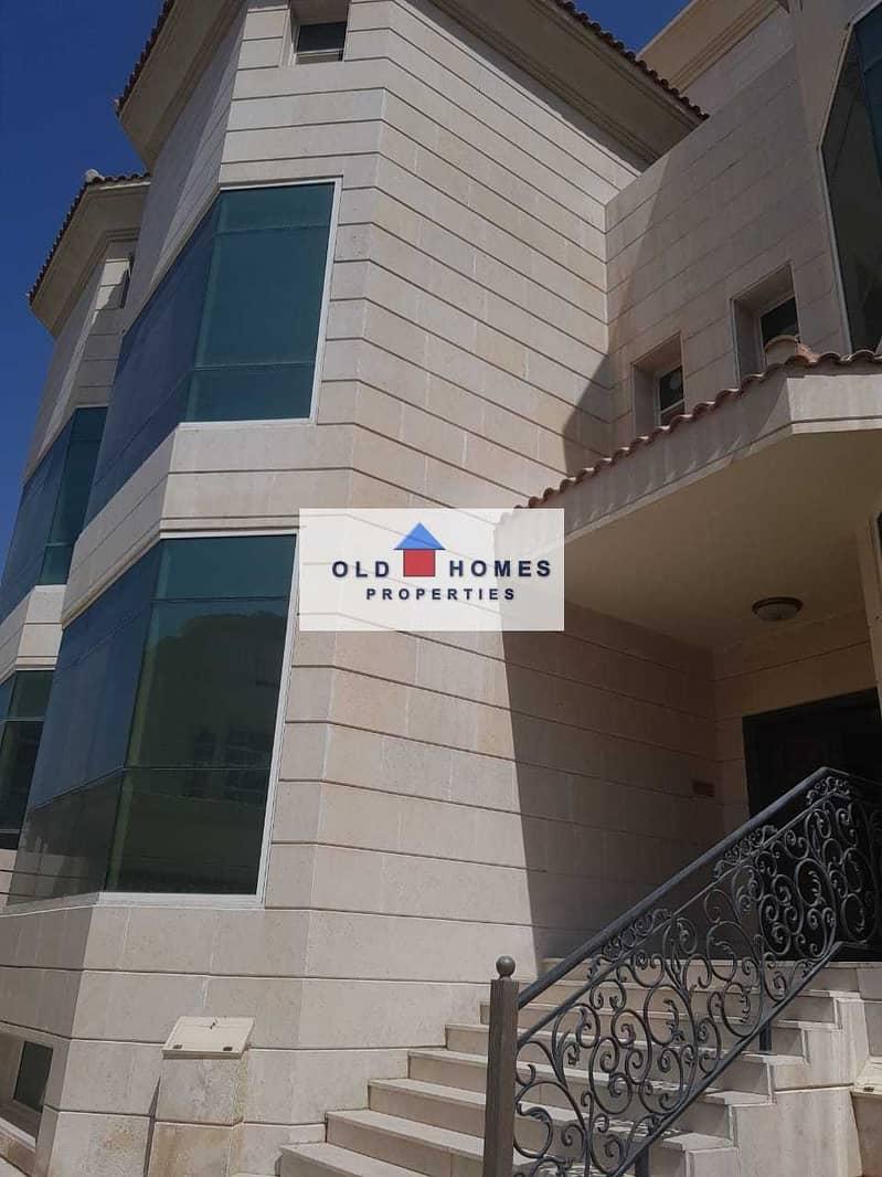 For rent villa 7 master room + annexes