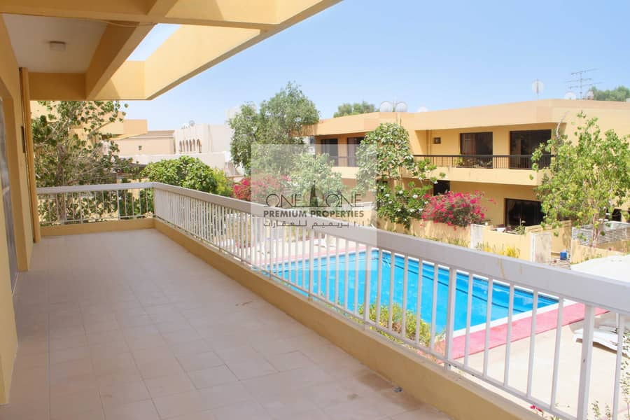 4 Bedroom  Villa Available For Rent In Jumeirah 03