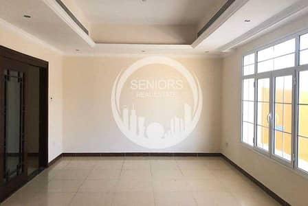 فیلا 3 غرف نوم للبيع في ربدان، أبوظبي - Great offer! 3BR Villa on the main road