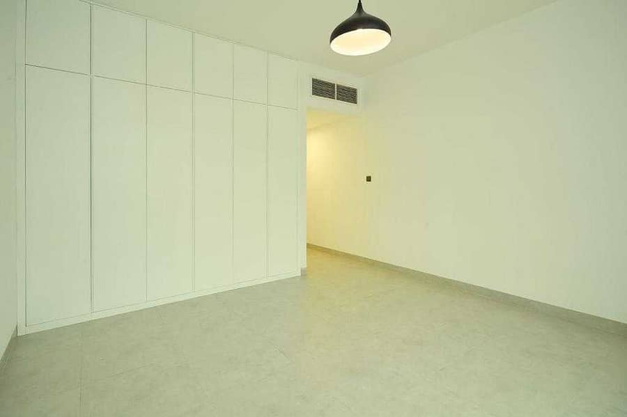 No Commision - 4BHK+Maid - Completely Refurbished - From Landlord
