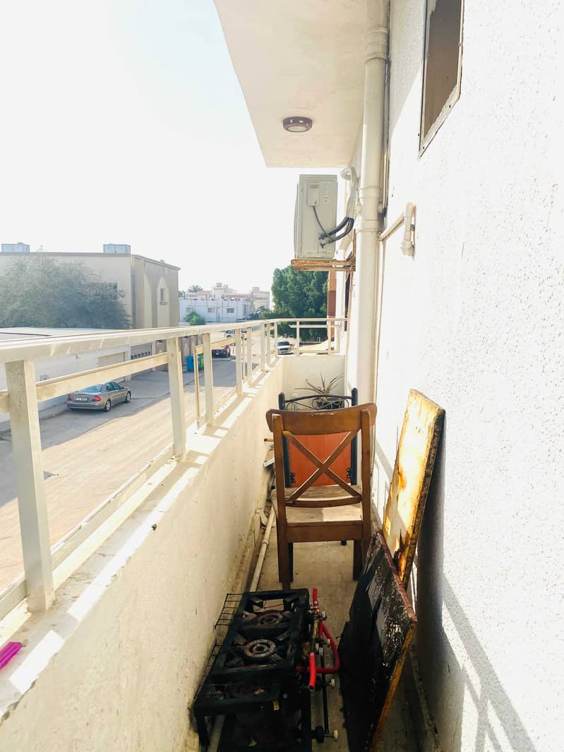 SPECIOUS 3BHK APARTMENT IN A VERY PRIME LOCATION NEAR TO CORNICH