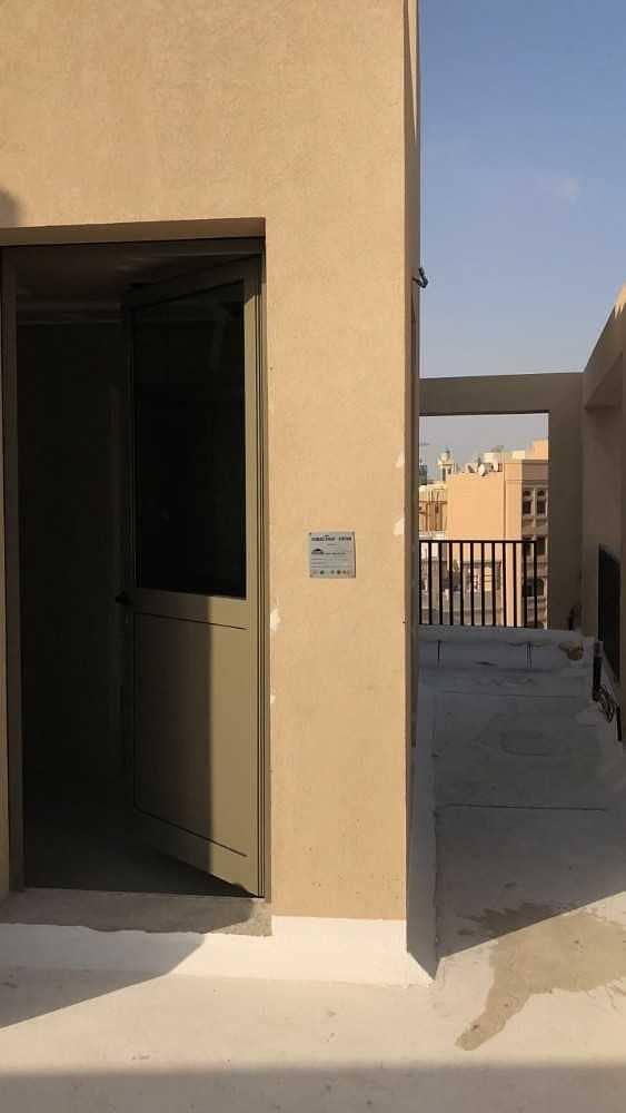 15 Shop available for rent in Al Sabhka (Near Al Sabkha Bus Station)